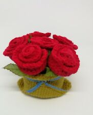 Bouquet Red Rose with vase Knitting from Yarn for Gift 2019 Decoration Home