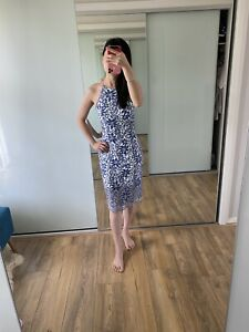 Forever new Blue Lace dress, Flattering Back Details, Sz 6, EUC