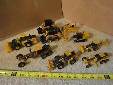 Ertl diecast metal John Deere construction equipment excavator, vehicle lot #1