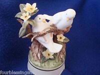 VTG. TOWLE FINE BONE CHINA BISQUE LOVE BIRDS MUSICAL FIGURINE-FLOWERS-EXCELLENT