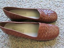 NEW TROTTERS BROWN LOAFER SLIP ON SHOES WOMENS 9.5 FREE SHIP