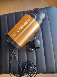 Godox Smart 300sdi