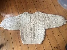 """CREAM ARAN CABLE HANDKNIT BATWING SLEEVES WOOL SIZE LARGE 46"""" ACTUAL CHEST"""