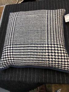 "NWT Ralph Lauren RL Navy Blue And White Down Throw Pillow 21 ""x 21"" NWT"
