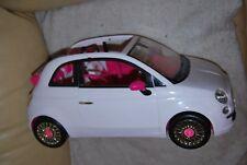 voiture barbie fiat 500 de couleur blanche est rose pafaite etat
