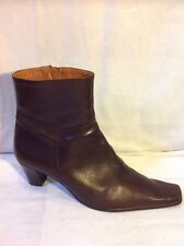 Ladies Brown Ankle Leather Boots Size 41