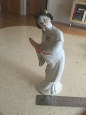 Antique/vintage Chinese porcelain geisha 9'' tall