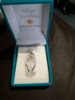 BNIB 925 Sterling Silver White Mother of Pearl Flip Flop Pendant and Chain