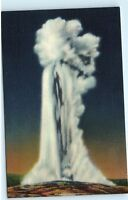 Old Faithful Geyser Yellowstone National Park Wyoming Vintage Linen Postcard A18