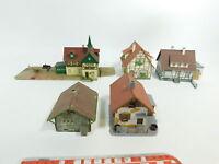 BD774-1# 5x H0 Modelle Faller etc. Bahnhof/Einfamilienhaus/Fachwerkhaus etc