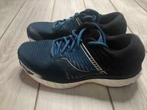 New Saucony Mens Triumph 17 Running Shoes Size 11.5 Wide Navy Black