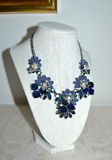 "NWT $42 Dramatic VERA WANG ""Simply Vera"" Floral Enamel & Rhinestone Necklace"