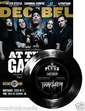 DECIBELIOS Revista #121 Noviembre 2014 at the Gates / L7 Hof / Trap Les FLEXIBLE