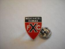 a1 NEUCHATEL XAMAX FC club spilla football fussball pins svizzera switzerland