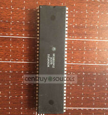 1PCS MC68010P12 MOTOROLA DIP-64 16-/32-Bit Virtual Memory Microprocessor