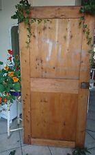 antik Tür massiv Holztüre alte Schranktüre super als Tischplatte oder Garderobe