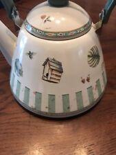 Metal Teapot Handled Farm Design Lid & Spout Plastic handle Speckled Vintage