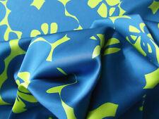 Viscosesatin 97% viscosa + 3% elastano hermoso motivo floral en rojalblau-kiwi 1,8 metros