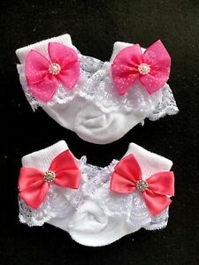 GIRLS-PACK OF 2-WHITE-LACE-ANKLE SOCKS-DIAMANTESPEARLS -PINK RIBBON BOWS
