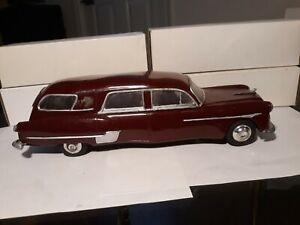 1951 HENNY PACKARD HEARSE MODEL PROMO CAR WIND UP CAR 12 1/2 INCH