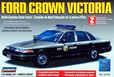 Lindberg 1990's Ford Crown Victoria North Carolina State Police model kit 1/25