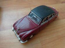 CORGI CLASSICS 1/43 INSPECTOR MORSE JAGUAR MKII DIECAST MODEL CAR 96682