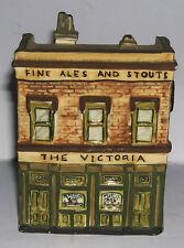 Cerámica de estudio-el modelo Victoria pub-Decorativo-firmado en la base.