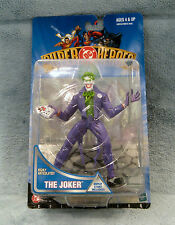 1999 New HASBRO DC Comics Super Heroes THE JOKER with base in original packaging