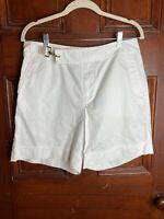 NWT Lauren Ralph Lauren Size 6 White Shorts  With Gold Tone Metal Clasp