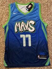 Luka Doncic Mavs #77 Dallas Mavericks Size Large Blue Graffiti Jersey