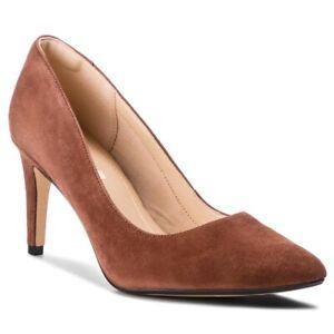BNIB Clarks Ladies Laina Rae Tan Suede Court Shoes