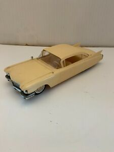 VINTAGE 1960 CADILLAC MODEL CAR JOHAN ASSEMBLED