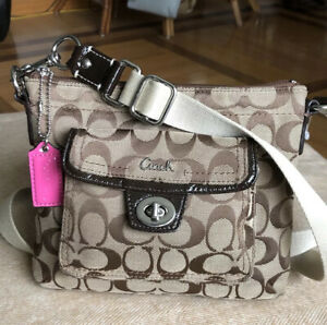 Coach Legacy 45026 Signature C Swingpack Messenger Travel Crossbody GREAT