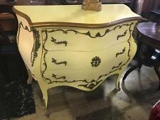 LARGE FRENCH LOUIS XV STYLE CREAM PAINTED MAHOGANY COMMODE/BOMBE WITH 3 DRAWERS