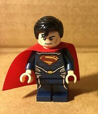 LEGO Minifigure Superman Dark Blue Suit from 76002 set (2013) Loose Complete