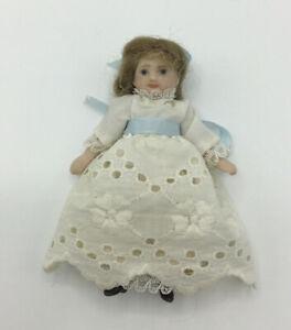 Dolls House Girl