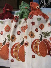 PUMPKINS FLORAL Lot of 2 CROCHET TOP KITCHEN BATH HAND TOWELS~pumpkin buttons