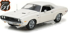 1970 DODGE CHALLENGER R/T WHITE LIMITED EDITION 900PC 1/18 BY HIGHWAY 61 18008