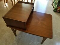 Mid century Lane End Table Style 939-07 Alta Vista Mosaic Top walnut