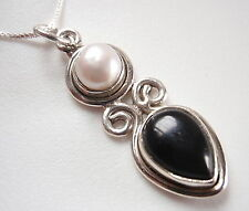 Cultured Pearl and Black Onyx 925 Sterling Silver Pendant Corona Sun Jewelry
