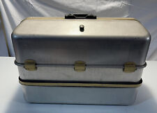 Vtg 1060-Apb Umco Tackle Box With Possum Belly Fishing Silver Aluminum 6 Trays