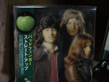 BADFINGER STRAIGHT UP JAPAN OBI Replica LP RARE LIMITED 2005 ISSUE  in a CD
