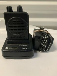 Motorola Minitor V 45-48.9 MHz Low Band Stored Voice Fire EMS Pager with Charger