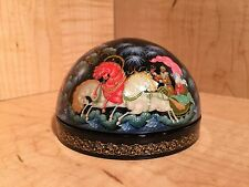 "PALEKH LACQUER BOX "" TROIKA "" HAND PAINTED HORSES SUPER RARE HANDMADE TROYKA NEW"