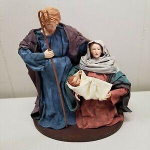 Christmas Nativity 10 Inch Mary Joseph Baby Jesus Wood Base Holy Family Cloth