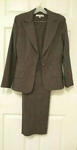 Harve' Bernard Women's Brown 2 PC Pant Suit                            Size 6