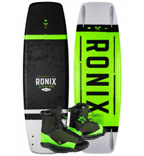2021 Ronix District Wakeboard With District Bindings