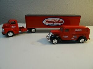 Ertl True Value Hardware 1/43 1938 Chevy Panel Van and 1950 Chevy Cab & Trailer