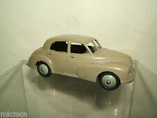 "VINTAGE DINKY MODEL  No.40g MORRIS OXFORD SALOON   ""GREY VERSION"""