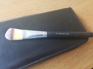 Mac 180 Foundation Brush.